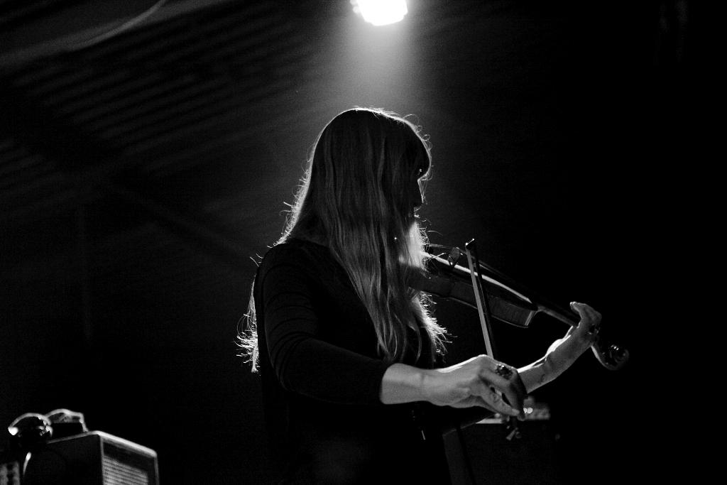 Agathe Max : concert à Grrrnd Zero HLM, Lyon